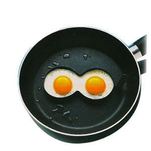 Boobie egg fryer