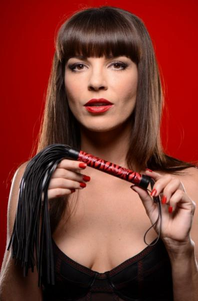 Flogged Embossed Flogger Red