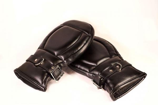 Basic Mitts Black Leather