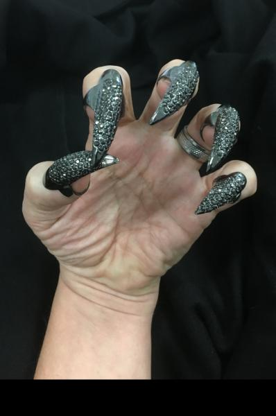 Bling Nail Set Black 5 Piece Cat Claws