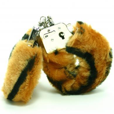 Plush Love Cuff Lion